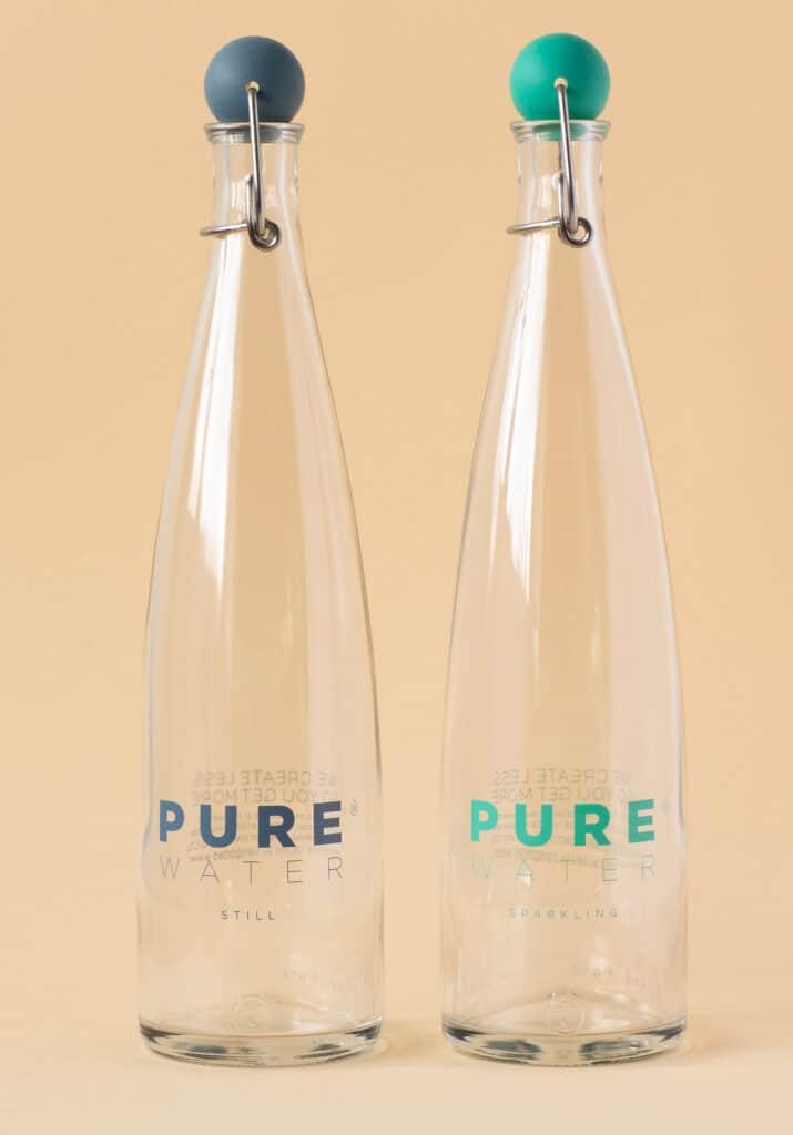 PUREclassic bottle. Award-winning design. Reusable water bottle.